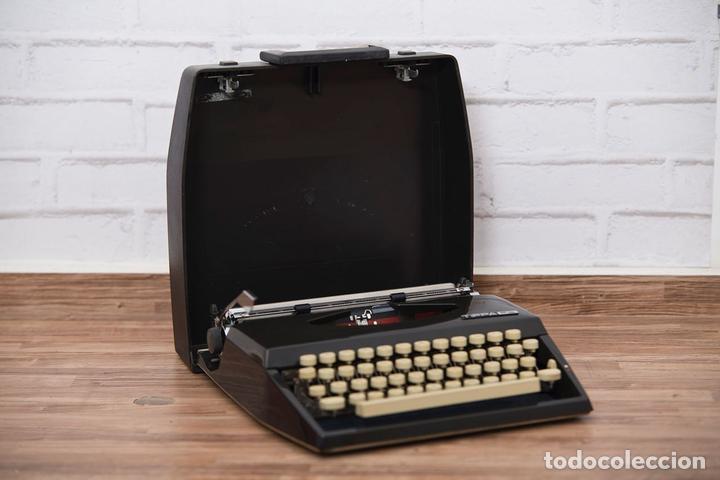 MÁQUINA DE ESCRIBIR ADLER TIPPA (Antigüedades - Técnicas - Máquinas de Escribir Antiguas - Otras)