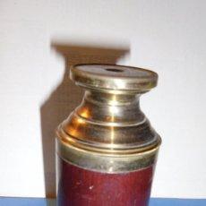 Antigüedades: ANTIGUO MONOCULAR - BRONCE Y MADERA CERRADO 11,3X5 CM. - S.XIX BUEN ESTADO . . Lote 102958207