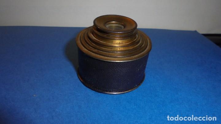 ANTIGUO MONOCULAR - BRONCE , PIEL . S. XIX SOBREDORADO ,MARCA DEL FABRICANTE ILEGIBLE , (Antigüedades - Técnicas - Otros Instrumentos Ópticos Antiguos)