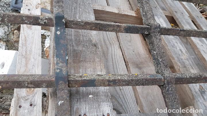 Antigüedades: Gran reja española en forja del s. XVII. - Foto 4 - 103290403