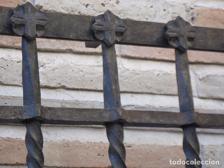 Antigüedades: REJA EN HIERRO MACIZO - FORJADO DE ESCUELA TOLEDANA - JULIO PASCUAL MARTIN. TOLEDO. FORJA. - Foto 11 - 103320055