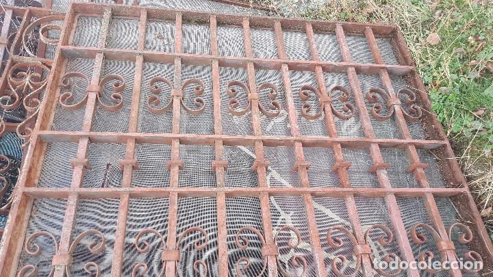 Antigüedades: Reja en hierro macizo años 30. - Foto 3 - 103328395