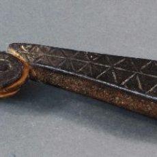 Antigüedades: ALDABA LLAMADOR HIERRO MUDEJAR DECORACIÓN GEOMETRICA FINALES SIGLO XVI. Lote 103368407