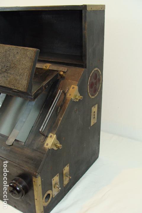Antigüedades: Maquina de revelado de fotografía en cristal - Principios Siglo XX - Foto 4 - 103389571