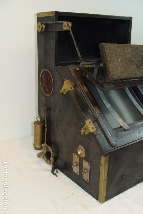 Antigüedades: Maquina de revelado de fotografía en cristal - Principios Siglo XX - Foto 5 - 103389571