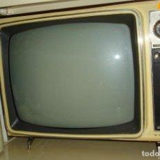 Antigüedades: TELEVISIÓN A VÁLVULAS MARCA MARCONI MDLO. 19. Lote 103588019