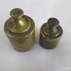 Antigüedades: PESAS DE 200 Y 100 ANTIGUAS. Lote 103614687