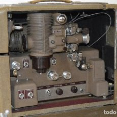 Antigüedades: MAGNÍFICO Y ANTIGUO PROYECTOR ¨BELL & HOWELL-GAUMONT MODEL 601¨, 16 MM, CON ALTAVOZ, 1940-46.. Lote 103615579