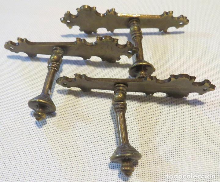 Antigüedades: 12 TIRADORES PUERTAS ARMARIOS-MUEBLES ANTIGUOS (9+3) - Foto 6 - 103796159
