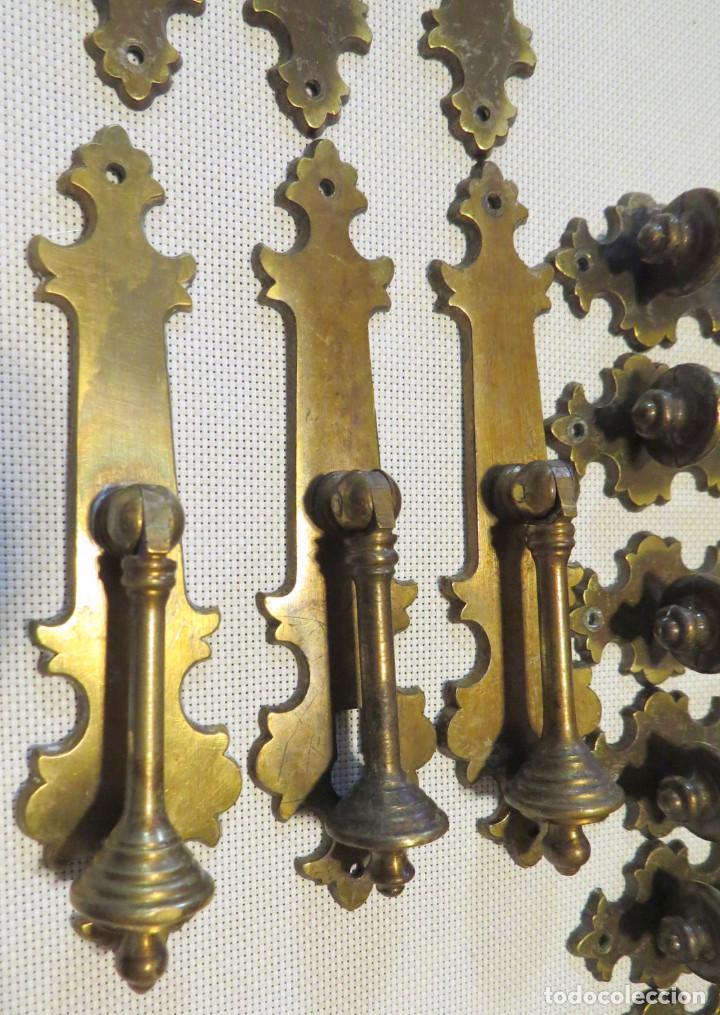 Antigüedades: 12 TIRADORES PUERTAS ARMARIOS-MUEBLES ANTIGUOS (9+3) - Foto 10 - 103796159