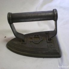 Antigüedades: ANTIGUA PLANCHA DE HIERRO 3. Lote 103876491