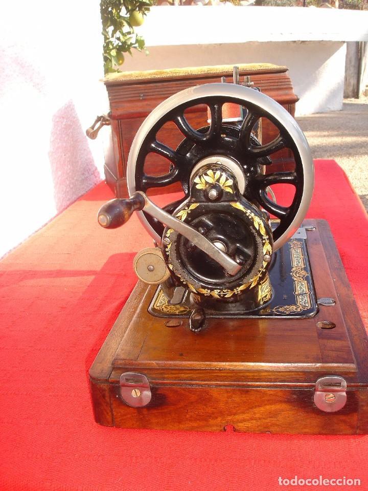 Antigüedades: PRECIOSA Y ANTIGUA MAQUINA DE COSER, SINGER, MODELO 28K, AÑO 1898 FUNCIONA Y COSE - Foto 5 - 103935879