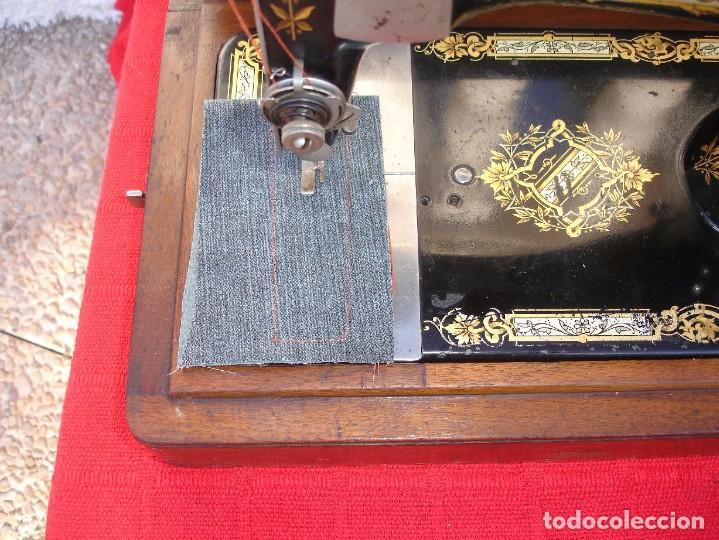 Antigüedades: PRECIOSA Y ANTIGUA MAQUINA DE COSER, SINGER, MODELO 28K, AÑO 1898 FUNCIONA Y COSE - Foto 6 - 103935879
