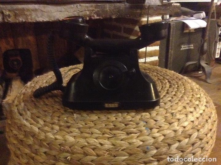 ANTIGUO TELÉFONO DE BAQUELITA CON MANIVELA FUNCIONA (Antigüedades - Técnicas - Teléfonos Antiguos)