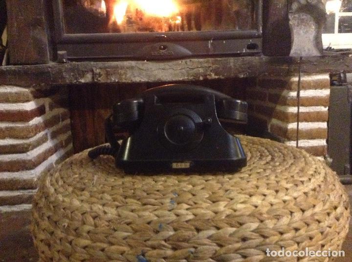 Teléfonos: ANTIGUO TELÉFONO DE BAQUELITA CON MANIVELA FUNCIONA - Foto 4 - 104105287