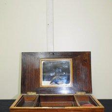 Antigüedades: COSTURERO ANTIGUO DE MESA CON ALFILETERO. Lote 178665877
