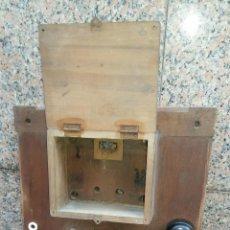 Antigüedades: ANTIGUO PANEL O CUADRO ELÉCTRICO, GRANDE.. Lote 104291991