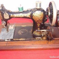 Antigüedades: ANTIGUA MAQUINA DE COSER JONES,SEGUN LO PROVISTO A SU MAJESTAD LA REINA ALEXANDRA DE UK. Lote 104355099