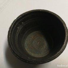 Oggetti Antichi: ANTIGUO PONDERAL DE BRONCE MARCADO Nº 16. Lote 104375155