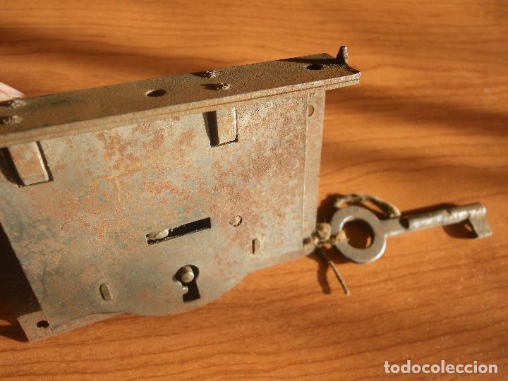Antigüedades: CERRADURA COMPLETA , MIDE 9,5CM X 7 CM - Foto 2 - 180108812