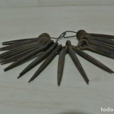 Antiguidades: JUEGO DE ANTIGUOS CLAVOS . Lote 104547963