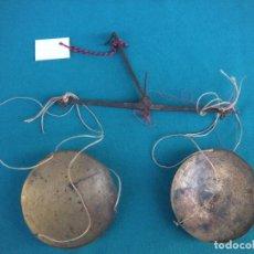 Antigüedades: PEQUEÑO PESO BALANZA. Lote 104549543