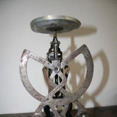 Antigüedades: BASCULA PESACARTAS COLUMBUS BILATERAL M 500GR - BALANZA. Lote 104556835