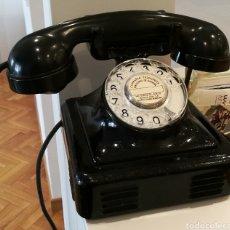 Teléfonos: TELÉFONO ANTIGUO DE METAL Y BAQUELITA. Lote 104691554