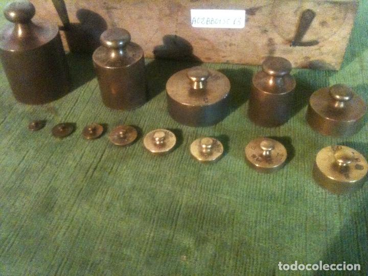 Antigüedades: FABULOSO ANTIGUO Y COMPLETO JUEGO DE 13 PESAS DE BRONCE de 1g a 500g (A02) - Foto 3 - 104690963