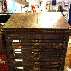 chivalete mueble cajones letras tipos moviles plomo imprenta antiguo vintage