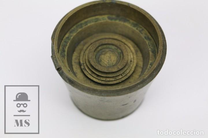 Antigüedades: Antiguo Ponderal de Vasos Anidados Francés - 500 Gramos - Bronce - Siglo XIX - Foto 5 - 104960259