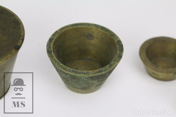 Antigüedades: Antiguo Ponderal de Vasos Anidados Francés - 500 Gramos - Bronce - Siglo XIX - Foto 6 - 104960259