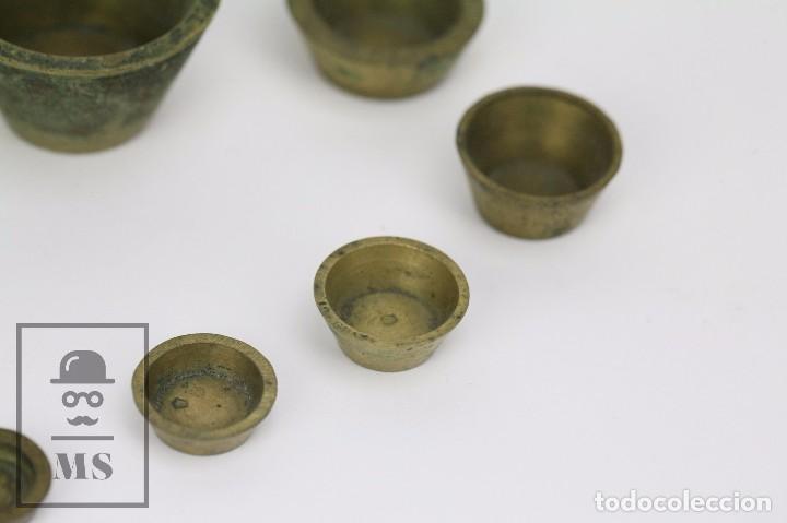 Antigüedades: Antiguo Ponderal de Vasos Anidados Francés - 500 Gramos - Bronce - Siglo XIX - Foto 7 - 104960259