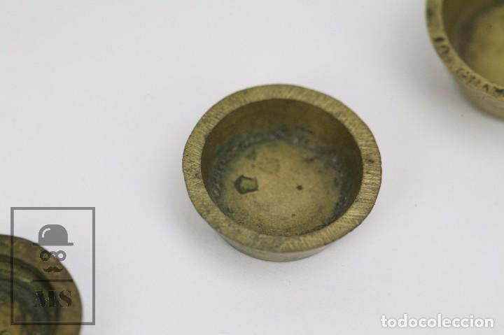 Antigüedades: Antiguo Ponderal de Vasos Anidados Francés - 500 Gramos - Bronce - Siglo XIX - Foto 8 - 104960259