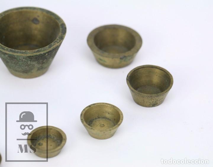 Antigüedades: Antiguo Ponderal de Vasos Anidados Francés - 500 Gramos - Bronce - Siglo XIX - Foto 9 - 104960259