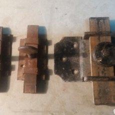 Antigüedades - Pasadores antiguos de hierro. - 105034760