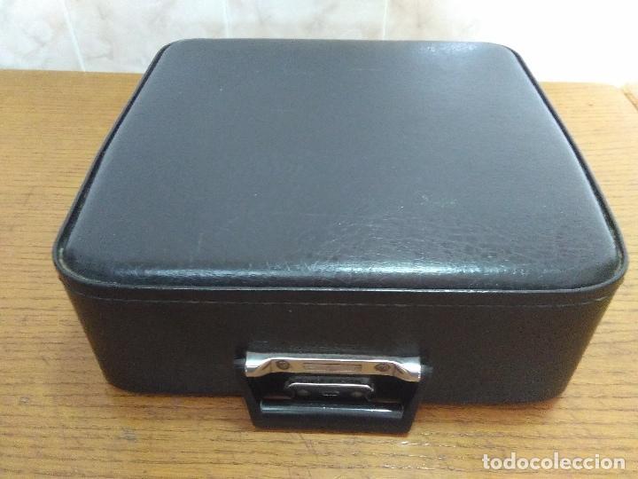 Antigüedades: Máquina de escribir Maritsa 12 Especial años 70!!! - Foto 10 - 105039759