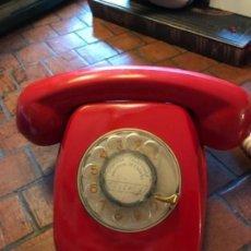 Teléfonos: TELEFONO BAQUELITA ROJO AÑOS 60 -70 TELEFONICA. Lote 105059487