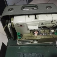 Maquina de coser Bernina Funciona Accesorios Incluidos Con Funda