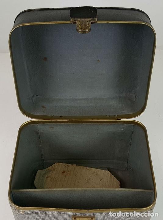 Antigüedades: PROYECTOR EUMIG P8. FABRICADO EN AUSTRIA. MALETA ORIGINAL. 1950. - Foto 2 - 105253151