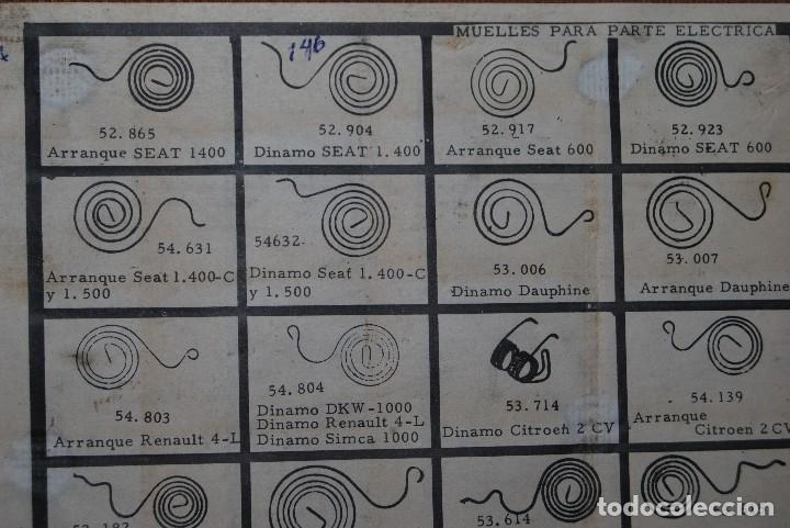 Antigüedades: CAJA DE MADERA PARA RECAMBIOS DE AUTOMÓVIL - TALLER - SEAT, CITROEN, PEGASO, BARREIROS - AÑOS 60 - Foto 3 - 105333747