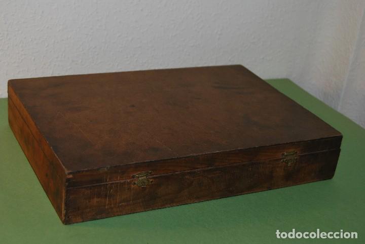 Antigüedades: CAJA DE MADERA PARA RECAMBIOS DE AUTOMÓVIL - TALLER - SEAT, CITROEN, PEGASO, BARREIROS - AÑOS 60 - Foto 9 - 105333747