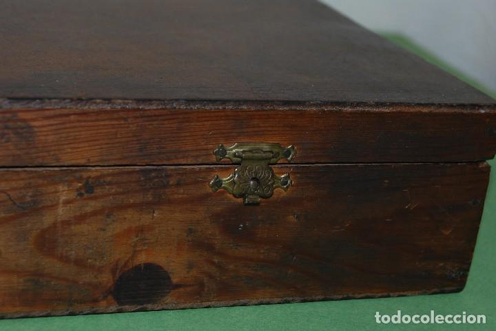 Antigüedades: CAJA DE MADERA PARA RECAMBIOS DE AUTOMÓVIL - TALLER - SEAT, CITROEN, PEGASO, BARREIROS - AÑOS 60 - Foto 8 - 105333867