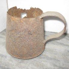 Antigüedades: MEDIDA DE HIERRO PARA LIQUIDOS 1 LITRO ++MUY ANTIGUA++. Lote 105363183