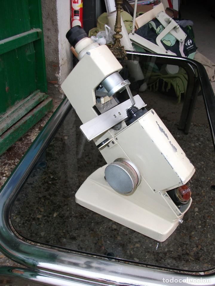 ANTIGUO LENSÓMETRO FRONTOFOCOMETRO APARATO OPTICO PORTATIL ANTIGUO MARCA INAMI TOKYO JAPÓN ALTURA 30 (Antigüedades - Técnicas - Otros Instrumentos Ópticos Antiguos)