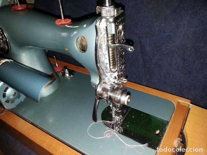 Antigüedades: MAQUINA DE COSER SEW-TRIC REGENCY - Foto 7 - 105949579