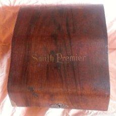 Antigüedades: TAPA MAQUINA DE ESCRIBIR SMITH PREMIER. Lote 105950171
