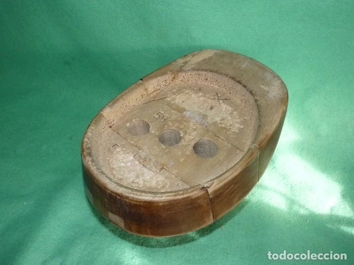 Antigüedades: GENIAL MOLDE HORMA SOMBRERO MADERA ORIGINAL MANIQUI INDUSTRIAL AÑOS 40 BAUHAUS COLECCION - Foto 6 - 106188211