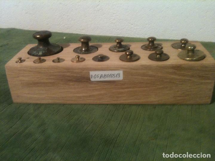 BONITO TACO DE 13 ANTIGUAS PESAS DE BRONCE DESDE 1G A 500G (F05) (Antigüedades - Técnicas - Medidas de Peso - Ponderales Antiguos)