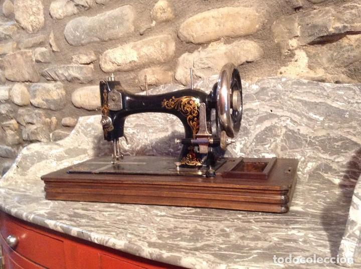 Antigüedades: Máquina de coser marca OBIN - Foto 3 - 106776751